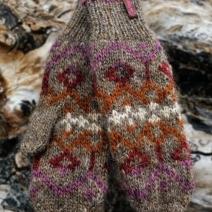 handschuhe-muster-schlamm-rose