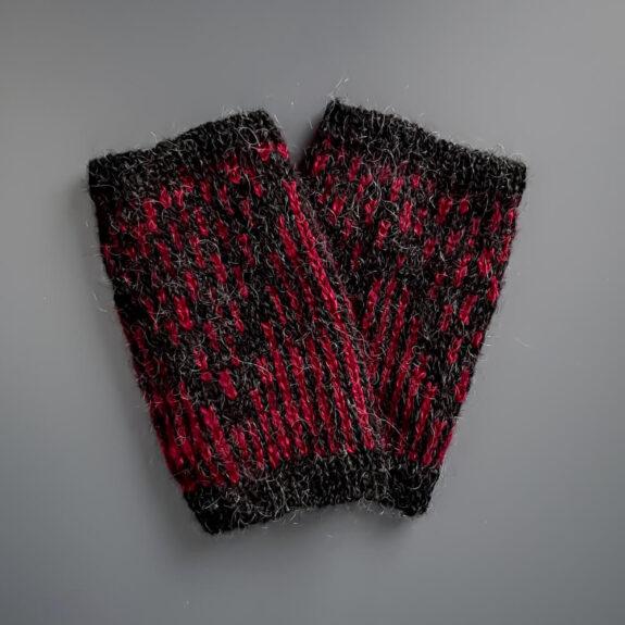 Armstulpen Olgusjor Einrum schwarz-rot
